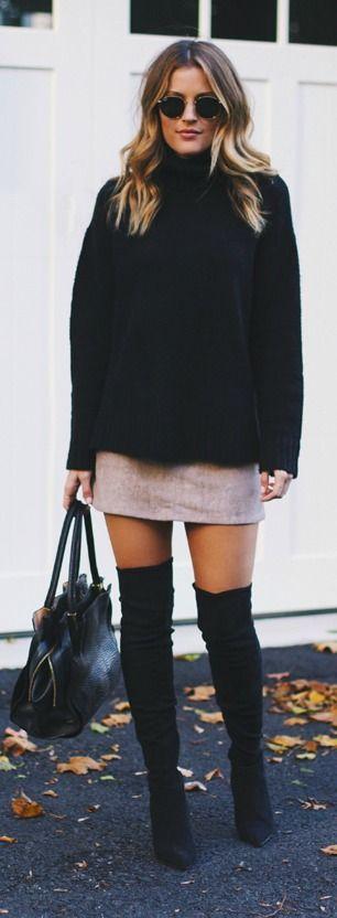 свитер с юбкой и ботфортами