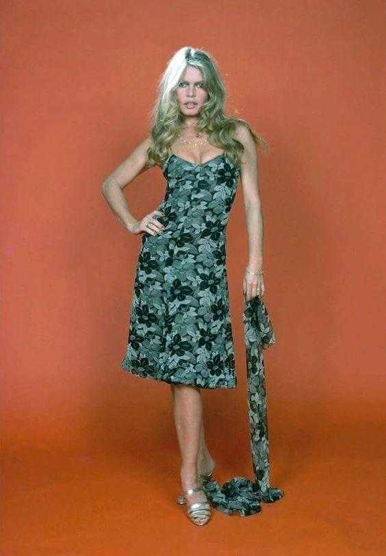 Brigitte Bardot одежда