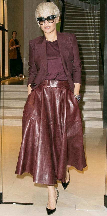 луки с коричневой юбкой