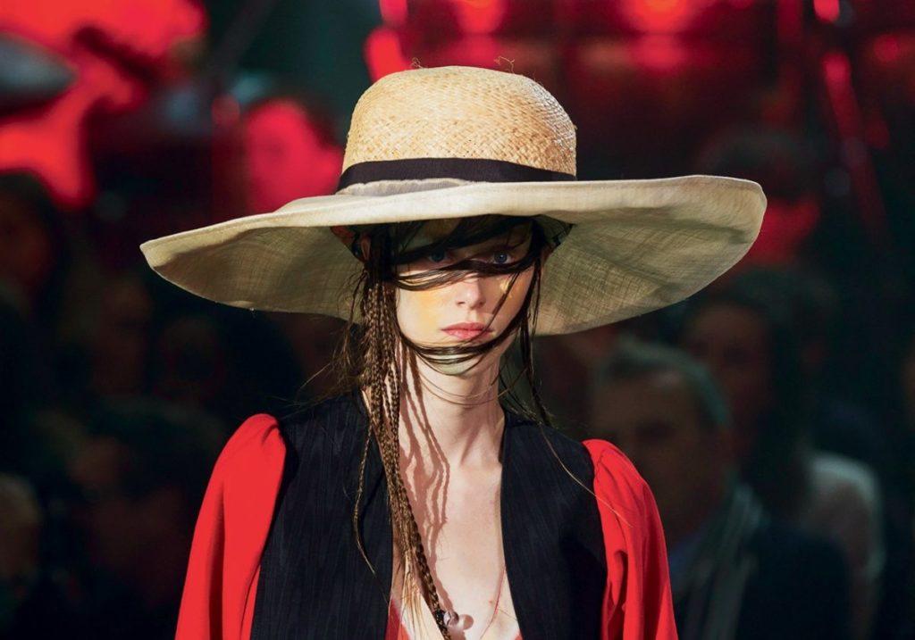 Соломенная шляпа Andreas Frontaler для Vivienne Westwood