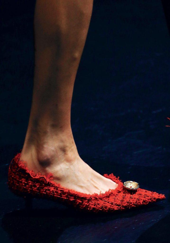 Красные туфли Balenciaga
