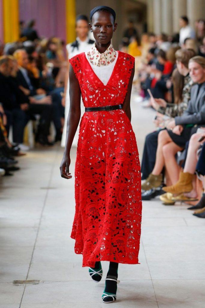 красное платье miu miu